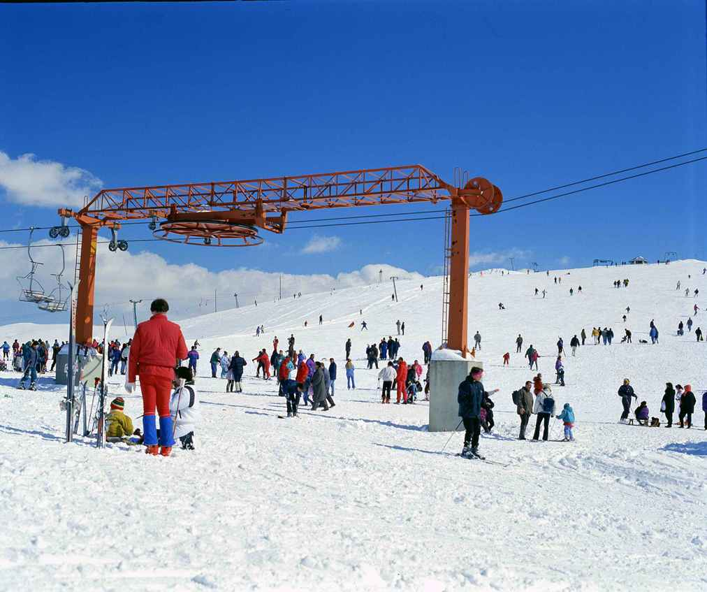 Best Places In The Us To Snowboard: Ski & Snowboard